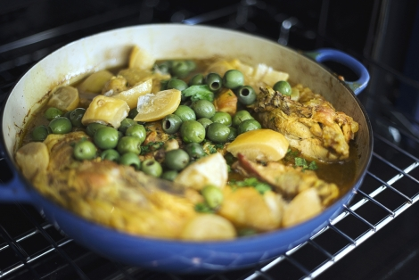 closeup of chicken tagine